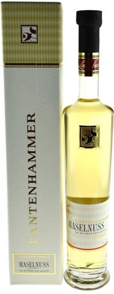 Lantenhammer Haselnuss-Spirituose im Slyrsfass gereift