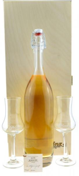 Prinz Gold aus Österreich Nr.7: 1 Flasche Alte Kirsche 0,5l, im Holzfass gereift + 2 Kelchgläser in
