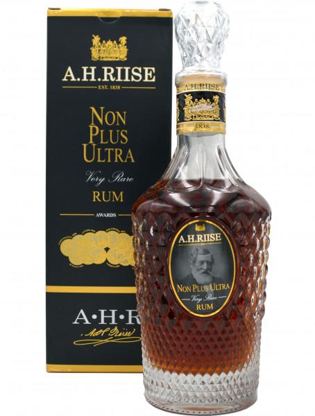 A.H. Riise Non Plus Ultra 0,7l