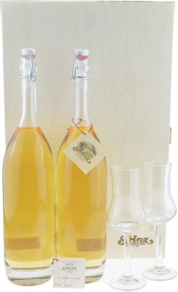 Prinz Schätze aus dem Holzfass Nr.6: 2 Flaschen Alte Kirsche im Holzfass gereift + 2 Kelchgläser in
